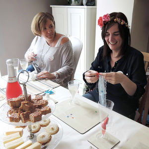 Garter Making Group Workshop Available Nationwide - experiences