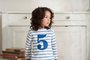 Age/Number Ocean Blue And White Breton