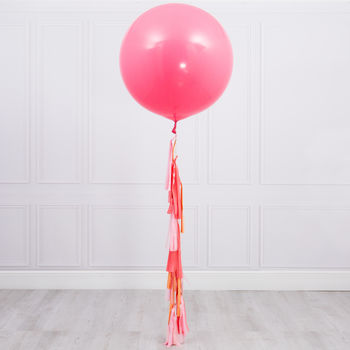 Peach Blossom Tassel Tail Balloon