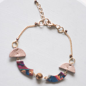 Above Earth Gold Marbled Leather Shape Bracelet