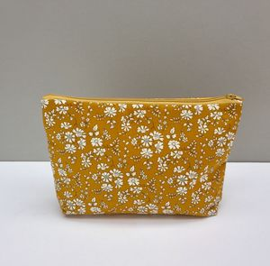 Liberty Print Capel Make Up/Wash Bag/Set In Six Colours