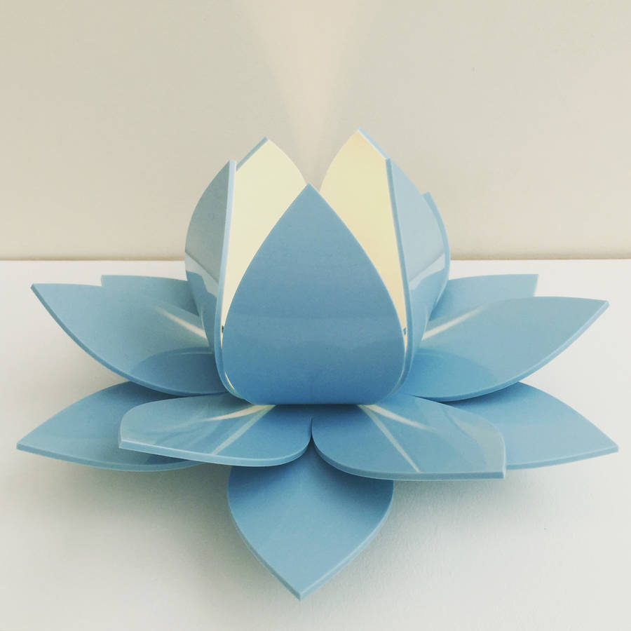 simple baby blue lotus table lamp with origami fleur de lotus. Black Bedroom Furniture Sets. Home Design Ideas