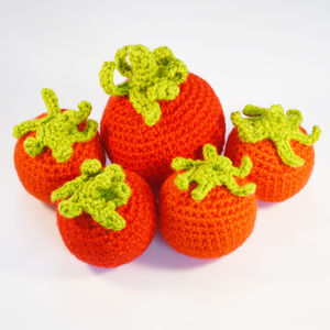 Crocheted Amigurumi Play Food Tomatoes - whatsnew