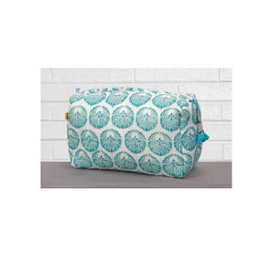 Pachora Circle Print Quilted Wash Bag In Aqua