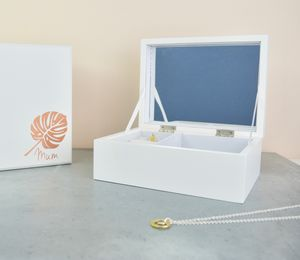 Monstera Leaf Mum Jewellery Box - bedroom