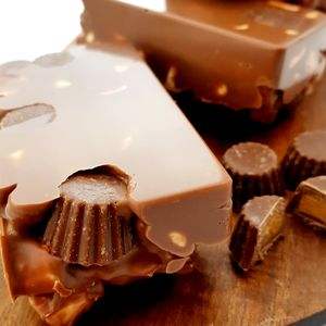 Peanut Butter Cup Rocky Road Chocolate Bar - new in food & drink