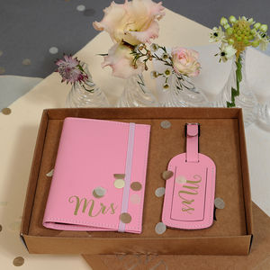 ' Mrs ' Wedding Passport Holder With Luggage Tag