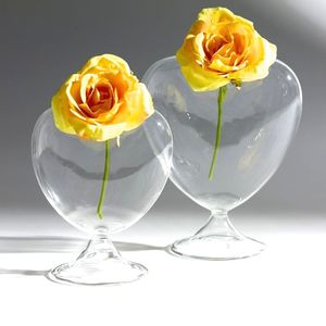 Heart Bud Vase - flowers & plants
