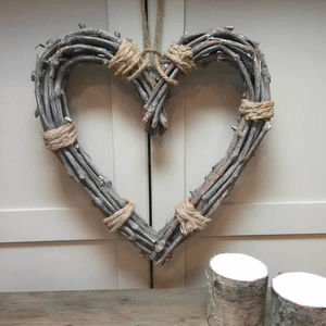 Natural Willow Heart Cut Out With Rope Ties