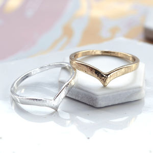 Chevron Ring - rings