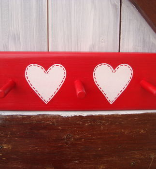 stitched heart peg rack_cherry red