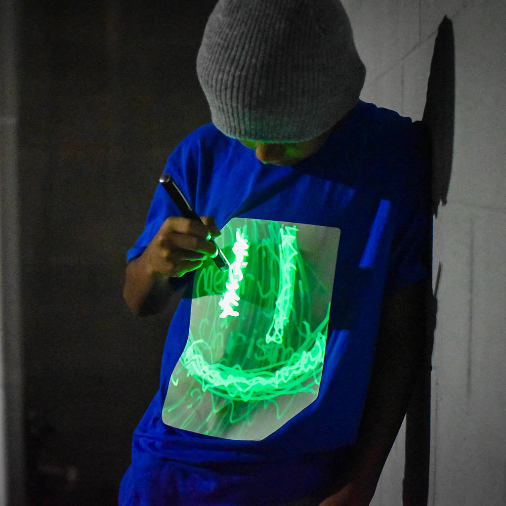 14th BIRTHDAY GIFT GLOW IN THE DARK PRINTED TSHIRT
