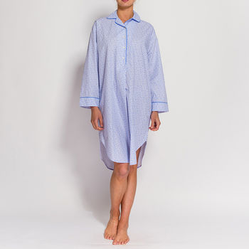 Women's Nightshirt In Crisp White Paisley