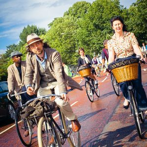Discover London's Old City By Bike For Father's Day