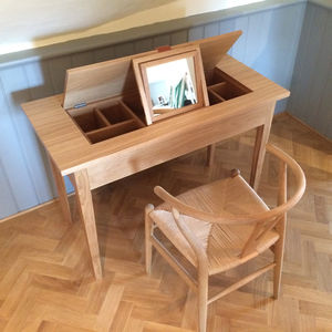 Oak Dressing Table - furniture