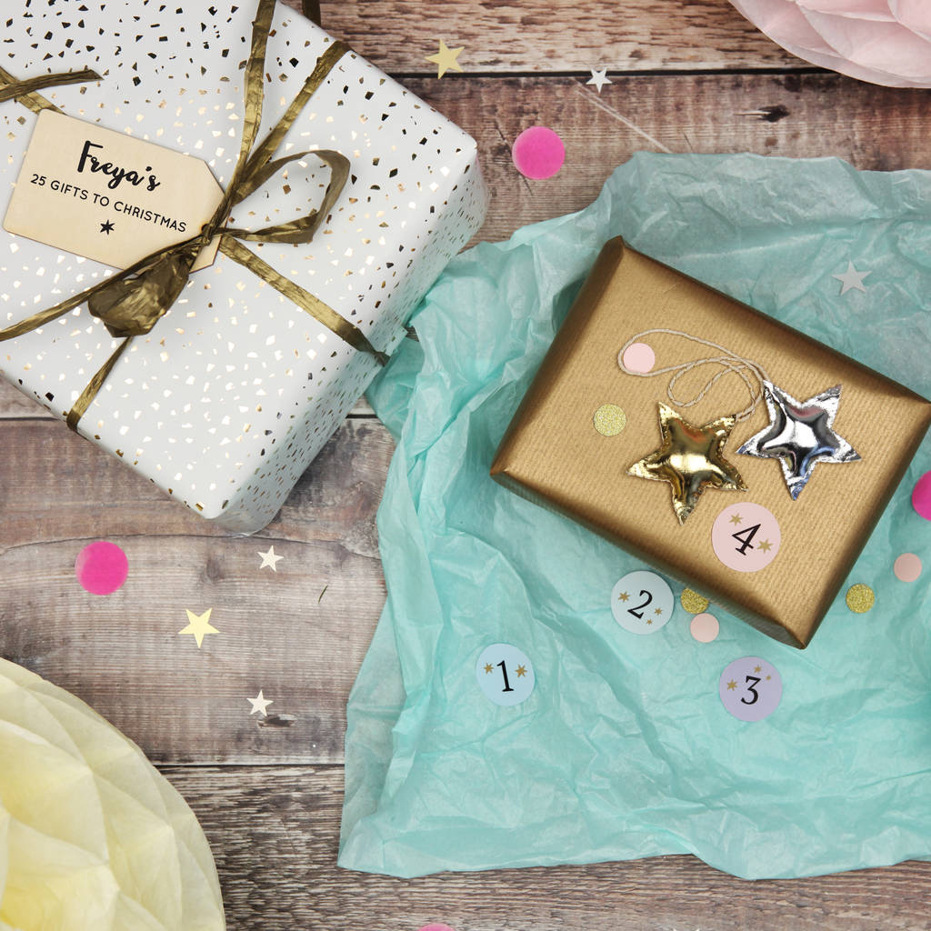 25 Gifts To Christmas Advent Calendar / Pass The Parcel