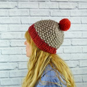 Colour Block Reds Bobble Hat