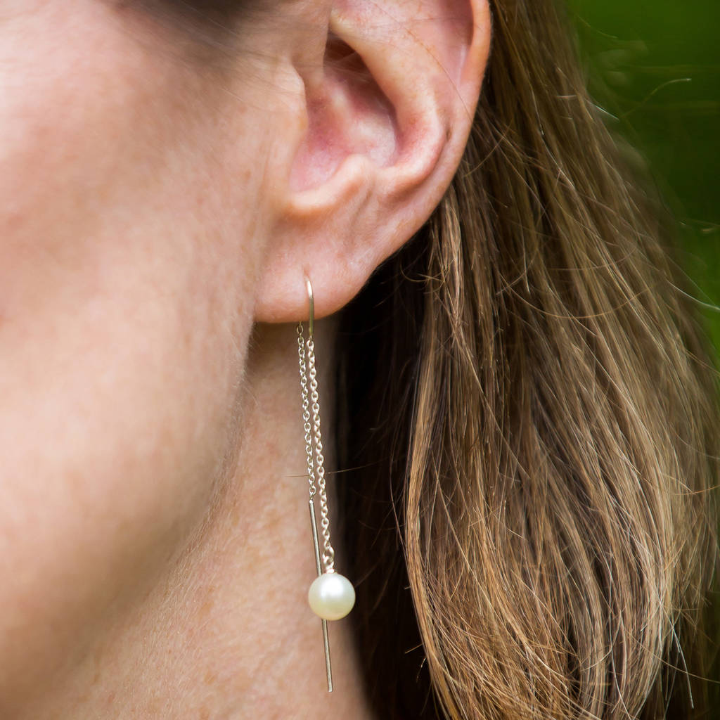 Falling Pearl Earrings