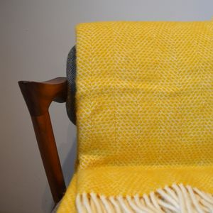 Mosaic Pure New Wool Luxury Throw