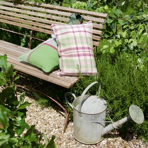 Wool Check Garden Kneeler - gadget-lover