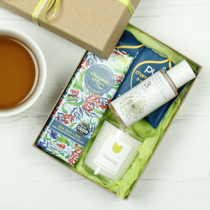 Relaxing Natural Gift Set - bathroom