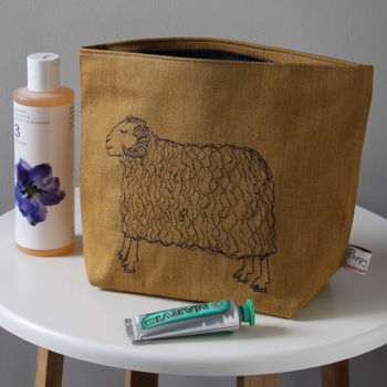 Sleepy Sheep Wash Bag