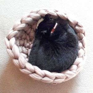 Kitty Cocoon Crochet Cat Bed