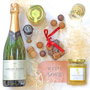 English Sparkling Wine Gift Box, Honey And Chocolates