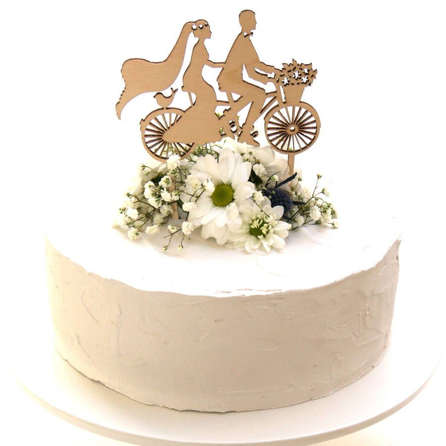 wedding cake not on the high street personalised wedding cake stand from not on the high 23322