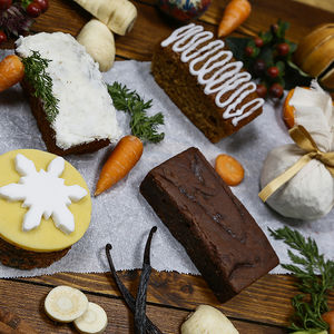 Cake Selection Box Winter / Christmas