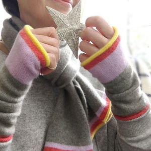 Pure Cashmere 'Reindeer' Wristwarmers With Stripe