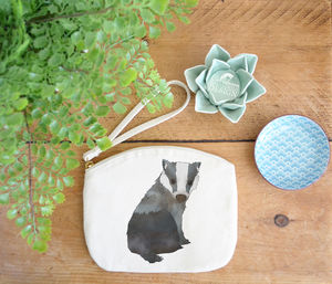 Badger Canvas Purse - make-up & wash bags