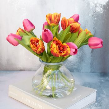 Everlasting Rust And Pink Tulip Bouquet In Vase