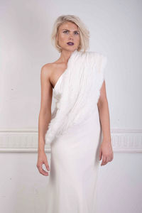 Infiniti Bridal Fur Scarf In Snow White