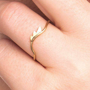 18ct Gold 'Lashes' Ring - rings