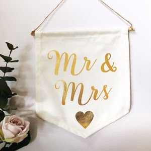 Mr And Mrs Gold Message Flag