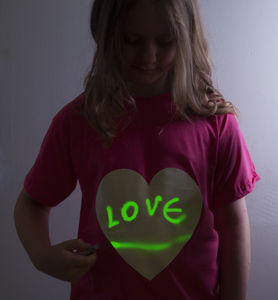 Heart Print Glow In The Dark Interactive T Shirt - clothing