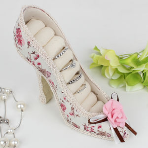 Floral Shoe Shaped Ring Storage