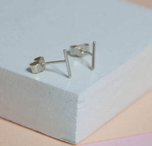 Thin Line Studs - earrings