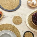 Coloured Trim Natural Round Grass Placemat