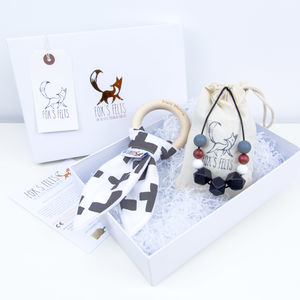 Mumma And Baby Crosses Teething Gift Set