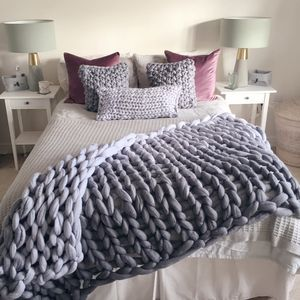 Giant Knit Ombre Blanket - bedroom