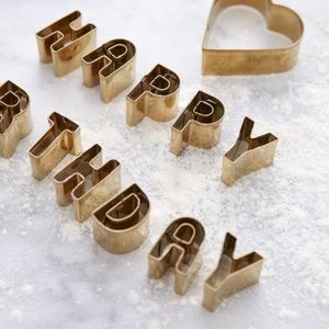 'Happy Birthday' Biscuit Cutters