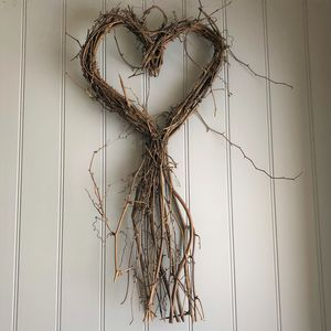 Large Twig Heart - decorative accessories