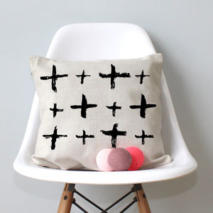 Crosses Pattern Design Cushion - cushions