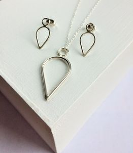 Silver Teardrop Pendant And Earrings Set