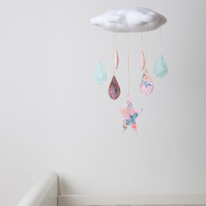 Vintage Fabric Cloud And Raindrop Cot Mobile