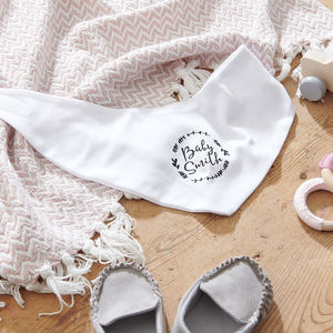 Personalised Wreath New Baby Bib