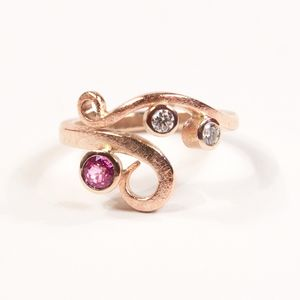 Red Gold Diamond And Pink Sapphire Curl Ring - rings