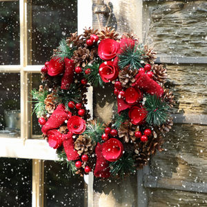 rose red traditional christmas wreath wreaths
